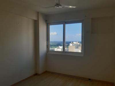 Gallery Cover Image of 1540 Sq.ft 3 BHK Apartment for rent in New Town for 20000