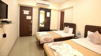 Gallery Cover Image of 1900 Sq.ft 4 BHK Apartment for buy in Dadar East for 63000000