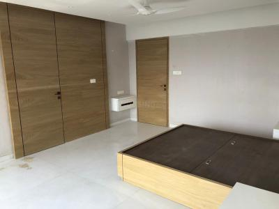 Gallery Cover Image of 3420 Sq.ft 4 BHK Apartment for buy in Juhu for 160000000