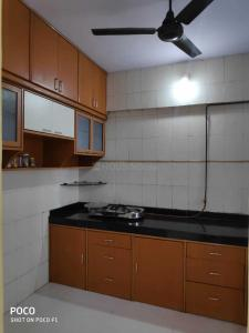 Gallery Cover Image of 600 Sq.ft 1 BHK Apartment for rent in Thane West for 14000
