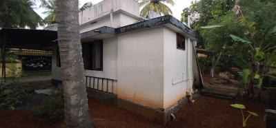 Gallery Cover Image of 1000 Sq.ft 2 BHK Independent House for buy in Chembukkav for 4900000