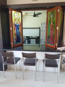 Gallery Cover Image of 600 Sq.ft 1 BHK Apartment for buy in Jyoti Vidya Apartment, Santacruz East for 13000000