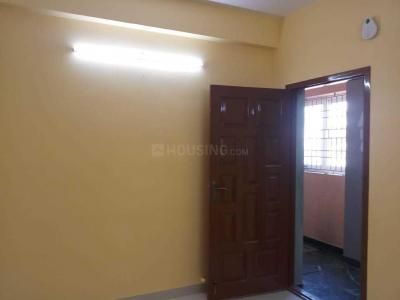 Gallery Cover Image of 935 Sq.ft 2 BHK Apartment for rent in Ramapuram for 15000