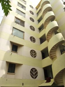 Gallery Cover Image of 2400 Sq.ft 3 BHK Apartment for rent in Kamanahalli for 27000