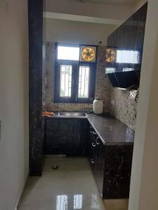 Gallery Cover Image of 1070 Sq.ft 3 BHK Independent Floor for buy in Vasant Kunj for 5600000