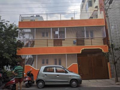 Gallery Cover Image of 1200 Sq.ft 3 BHK Independent Floor for rent in Chandra Layout Extension for 22000