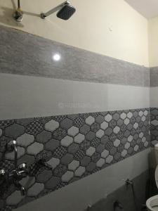 Bathroom Image of Radhe PG in Sector 22