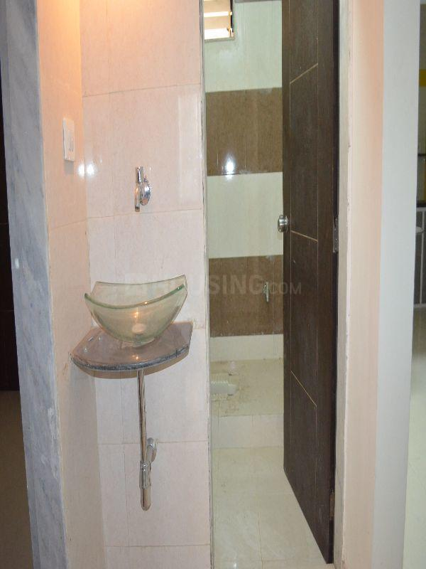 Common Bathroom Image of 1449 Sq.ft 3 BHK Apartment for buy in Chandkheda for 3800000