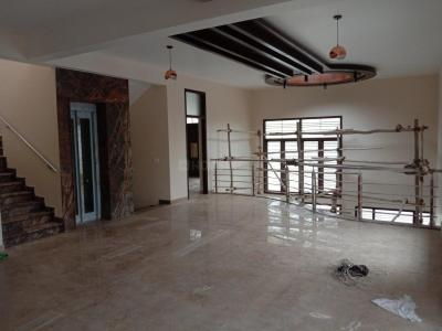 Gallery Cover Image of 5000 Sq.ft 5 BHK Independent House for buy in Yeshwanthpur for 110000000