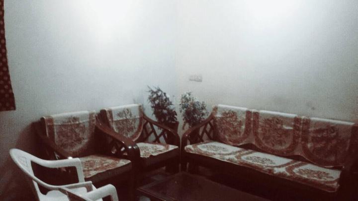 Living Room Image of Kavya PG in Sector 51