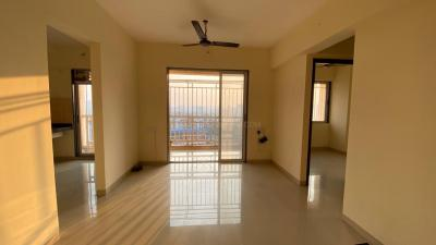 Gallery Cover Image of 860 Sq.ft 2 BHK Apartment for buy in Squarefeet Regal Square, Bhiwandi for 4000000