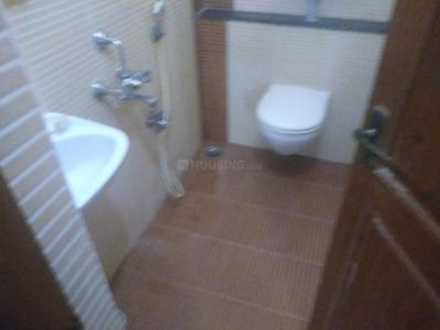 Gallery Cover Image of 1900 Sq.ft 3 BHK Independent House for rent in Palavakkam for 30000