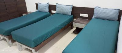 Bedroom Image of Osais PG in Sarkhej- Okaf