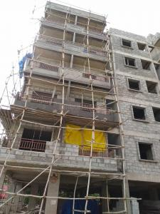 Gallery Cover Image of 1100 Sq.ft 2 BHK Apartment for buy in Electronic City for 3000000