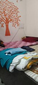 Bedroom Image of Reeta Dubey Girls PG in Sector 41