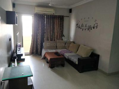Gallery Cover Image of 1050 Sq.ft 2 BHK Apartment for rent in Raheja Heights, Malad East for 42000