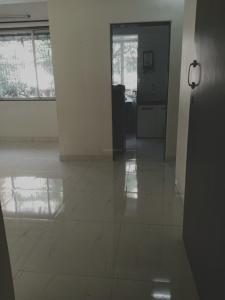 Gallery Cover Image of 600 Sq.ft 1 BHK Apartment for rent in Rahul Versova View, Andheri West for 37000