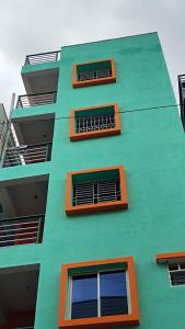 Gallery Cover Image of 2400 Sq.ft 5 BHK Independent Floor for buy in Kudlu Gate for 14000888