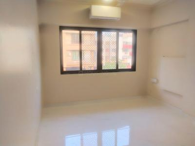 Gallery Cover Image of 1100 Sq.ft 2 BHK Apartment for rent in Shivasthaan, Khar West for 88000