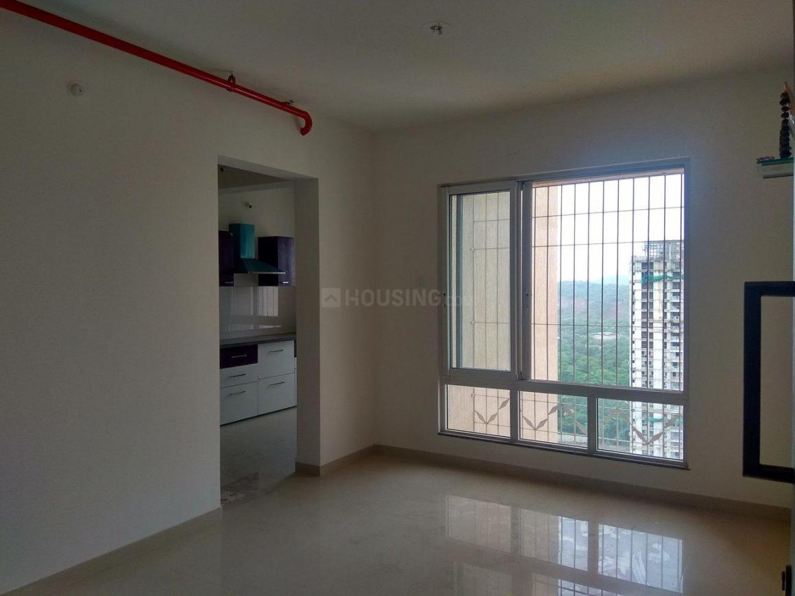 Living Room Image of 650 Sq.ft 1 BHK Apartment for rent in Thane West for 15000