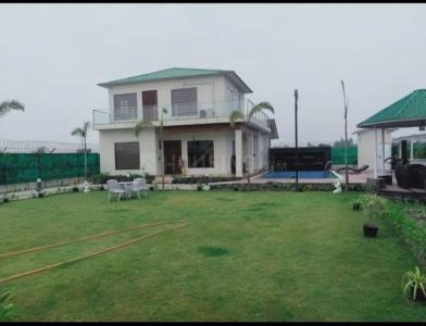 Gallery Cover Image of 1200 Sq.ft 3 BHK Villa for buy in Sector 150 for 4100021