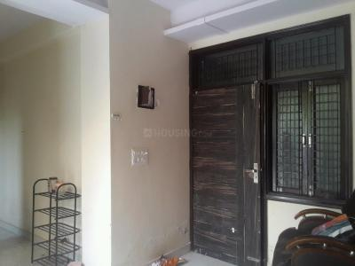 Gallery Cover Image of 350 Sq.ft 1 BHK Apartment for rent in Mayur Vihar Phase 1 for 10500