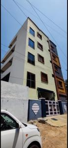 Gallery Cover Image of 6500 Sq.ft 2 BHK Independent House for buy in Miyapur for 24000000