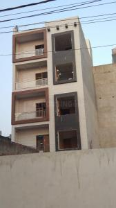 Gallery Cover Image of 900 Sq.ft 3 BHK Independent Floor for buy in Sector 24 Rohini for 5051000