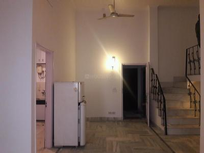 Gallery Cover Image of 1350 Sq.ft 3 BHK Apartment for buy in Arjun Nagar for 25000000