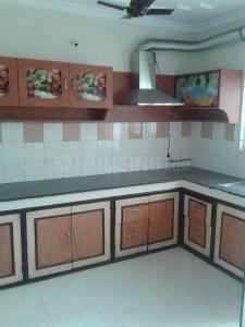 Gallery Cover Image of 1750 Sq.ft 3 BHK Apartment for rent in Kothapet for 18000
