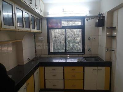 Gallery Cover Image of 595 Sq.ft 1 BHK Apartment for buy in Dheeraj Hill View Tower, Borivali East for 8400000