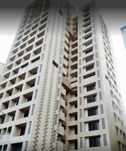Gallery Cover Image of 1566 Sq.ft 3 BHK Apartment for buy in Malad West for 16500000