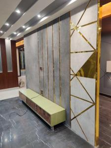 Gallery Cover Image of 2900 Sq.ft 4 BHK Independent Floor for buy in Sector 49 for 15500000
