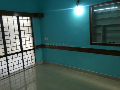 Gallery Cover Image of 750 Sq.ft 2 BHK Apartment for rent in T Nagar for 20000