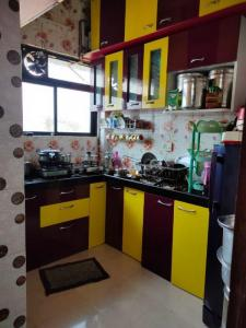 Gallery Cover Image of 650 Sq.ft 1 BHK Apartment for buy in Devanshi  Appartment , Belapur CBD for 5700000