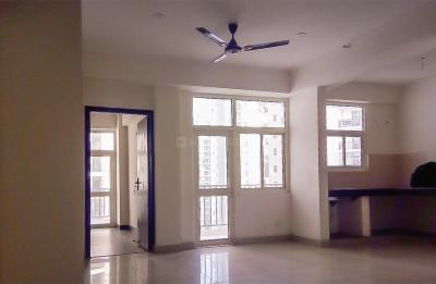 Gallery Cover Image of 900 Sq.ft 2 BHK Apartment for rent in Crossings Republik for 6250