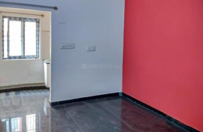 Gallery Cover Image of 400 Sq.ft 1 BHK Independent House for rent in Shanti Nagar for 12600