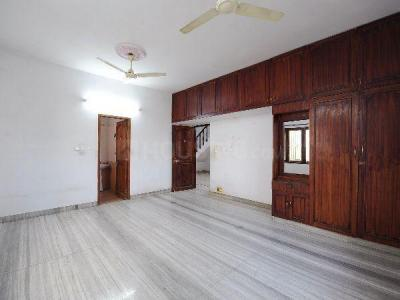 Gallery Cover Image of 1650 Sq.ft 3 BHK Apartment for rent in Manapakkam for 22000