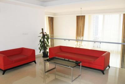 Gallery Cover Image of 1200 Sq.ft 2 BHK Apartment for buy in Tellapur for 6200000