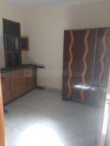 Gallery Cover Image of 100 Sq.ft 2 BHK Independent Floor for rent in Sector-12A for 10000