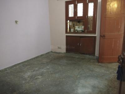 Gallery Cover Image of 550 Sq.ft 1 BHK Apartment for rent in Sector 18 Dwarka for 9500