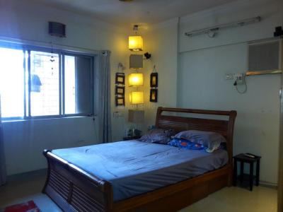 Gallery Cover Image of 1000 Sq.ft 2 BHK Apartment for buy in Greenfields Apartment, Santacruz East for 19900000