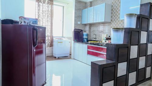 बानेर में सेरेनाड़े रॉयल के किचन की तस्वीर