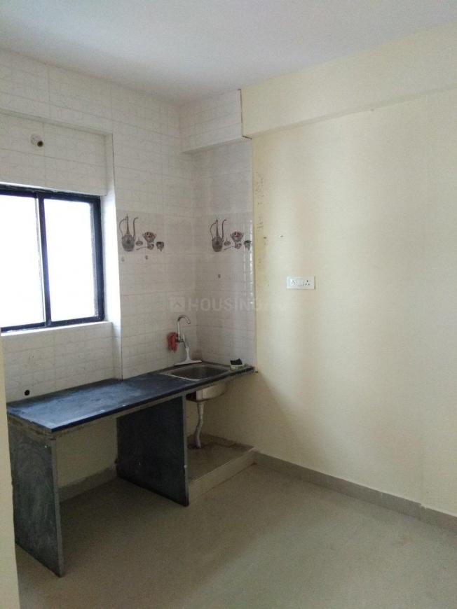 Kitchen Image of 650 Sq.ft 1 BHK Apartment for rent in Wakad for 14000