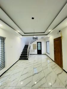 Gallery Cover Image of 1000 Sq.ft 2 BHK Independent House for buy in Poonamallee for 7500000