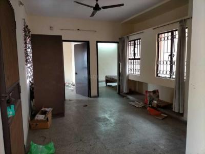 Gallery Cover Image of 1200 Sq.ft 2 BHK Apartment for rent in DDA Flats Sarita Vihar, Sarita Vihar for 18500