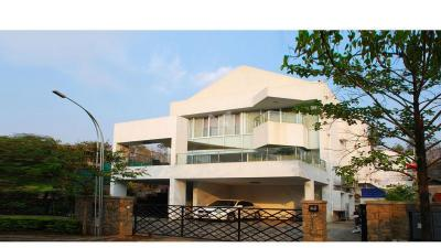 Gallery Cover Image of 4850 Sq.ft 5 BHK Independent House for buy in Mohammed Wadi for 40000000