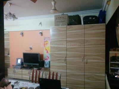 Gallery Cover Image of 230 Sq.ft 1 RK Apartment for rent in Santacruz West for 45000