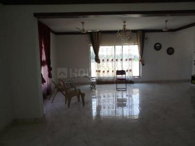 Gallery Cover Image of 4700 Sq.ft 3 BHK Independent Floor for rent in Hebbal for 30000