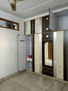 Gallery Cover Image of 1000 Sq.ft 2 BHK Independent Floor for rent in Ashok Nagar for 21000